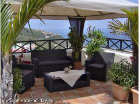Holiday flat with sea view