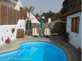 Holiday house with own pool